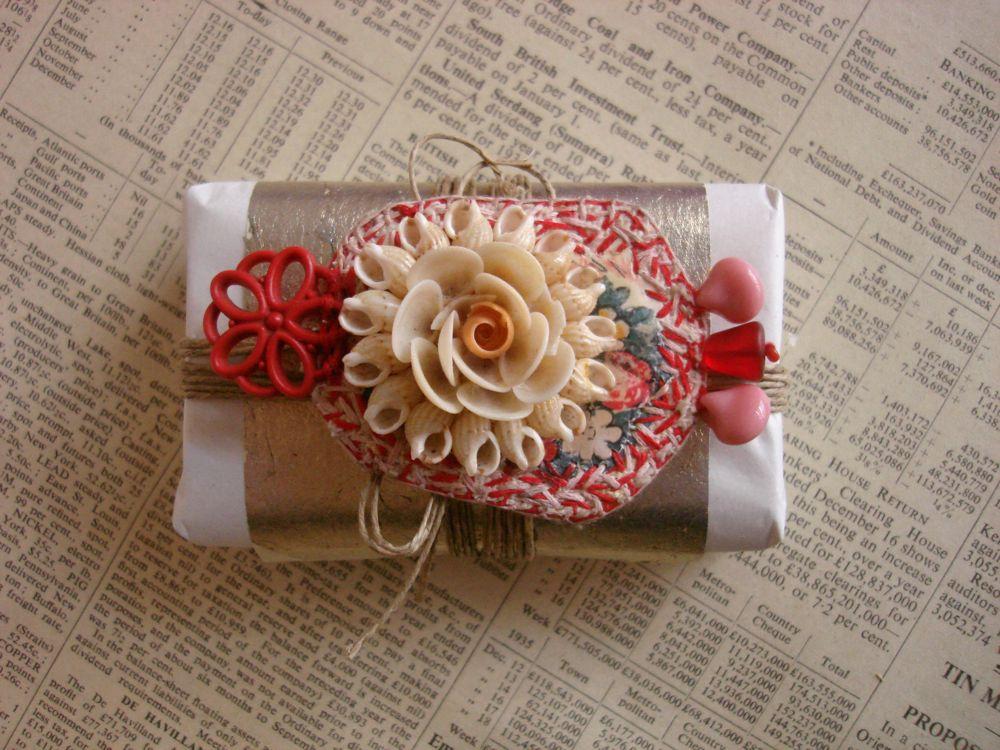 Tiny parcel