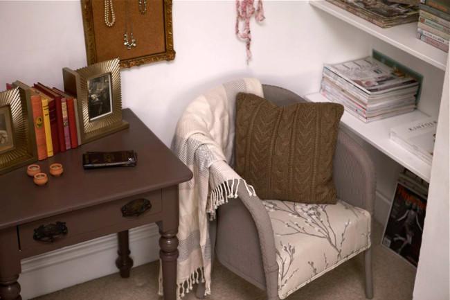 Cosy reading corner DIY