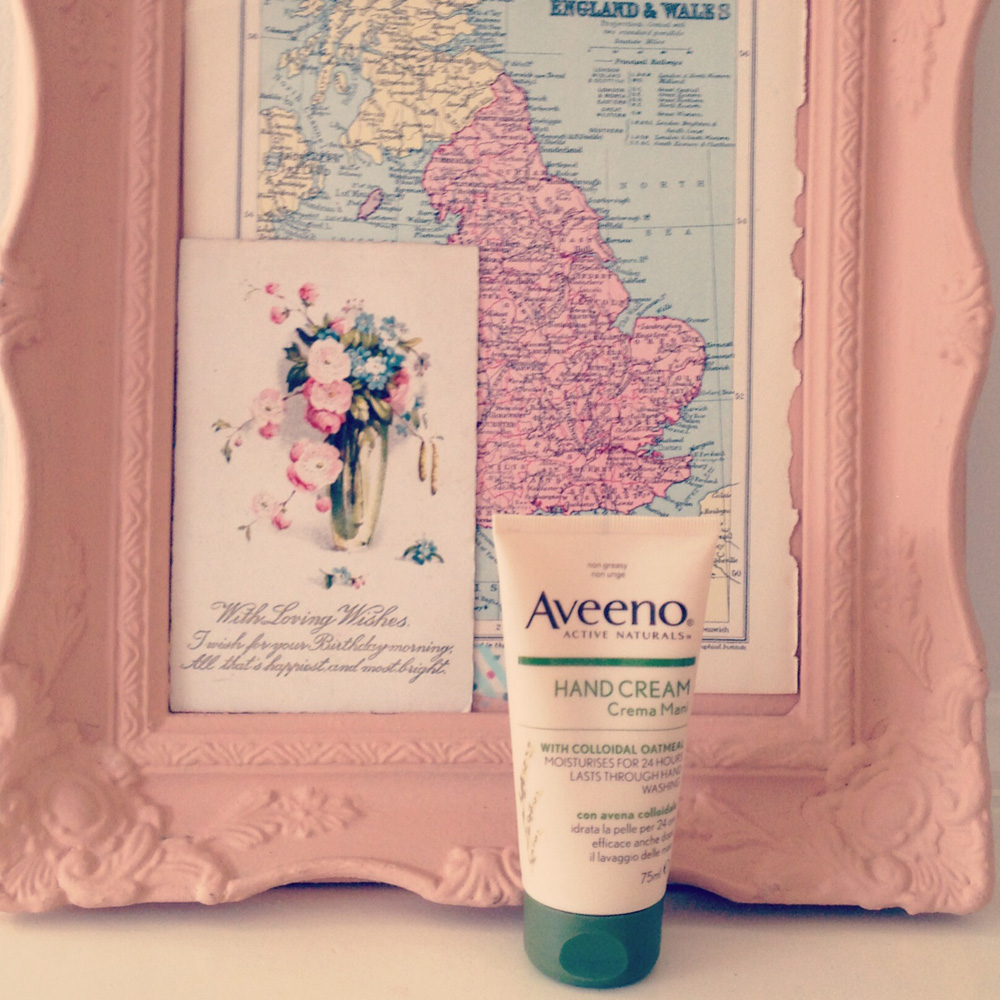 BEST HAND CREAM EVER - AVEENO. - Lobster and Swan