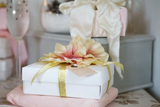 Sparkle And Blush With Laura Ashley Lobster And Swan