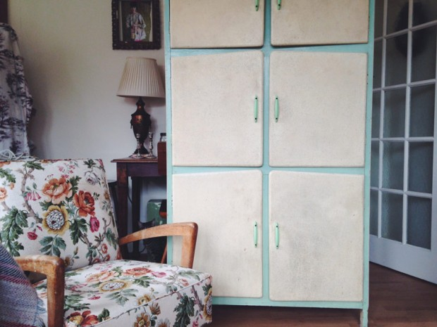 Vintage cupboard Makeover