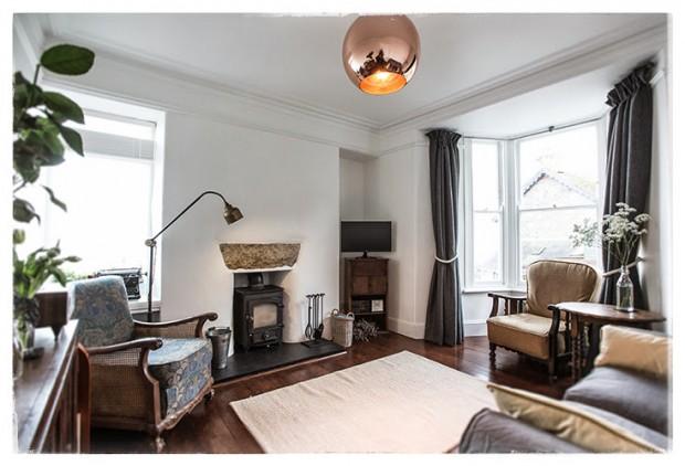 Antique chic living room
