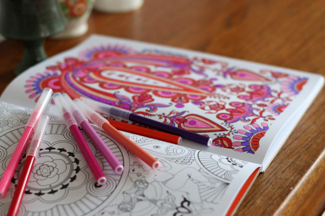 colouring in for therapy