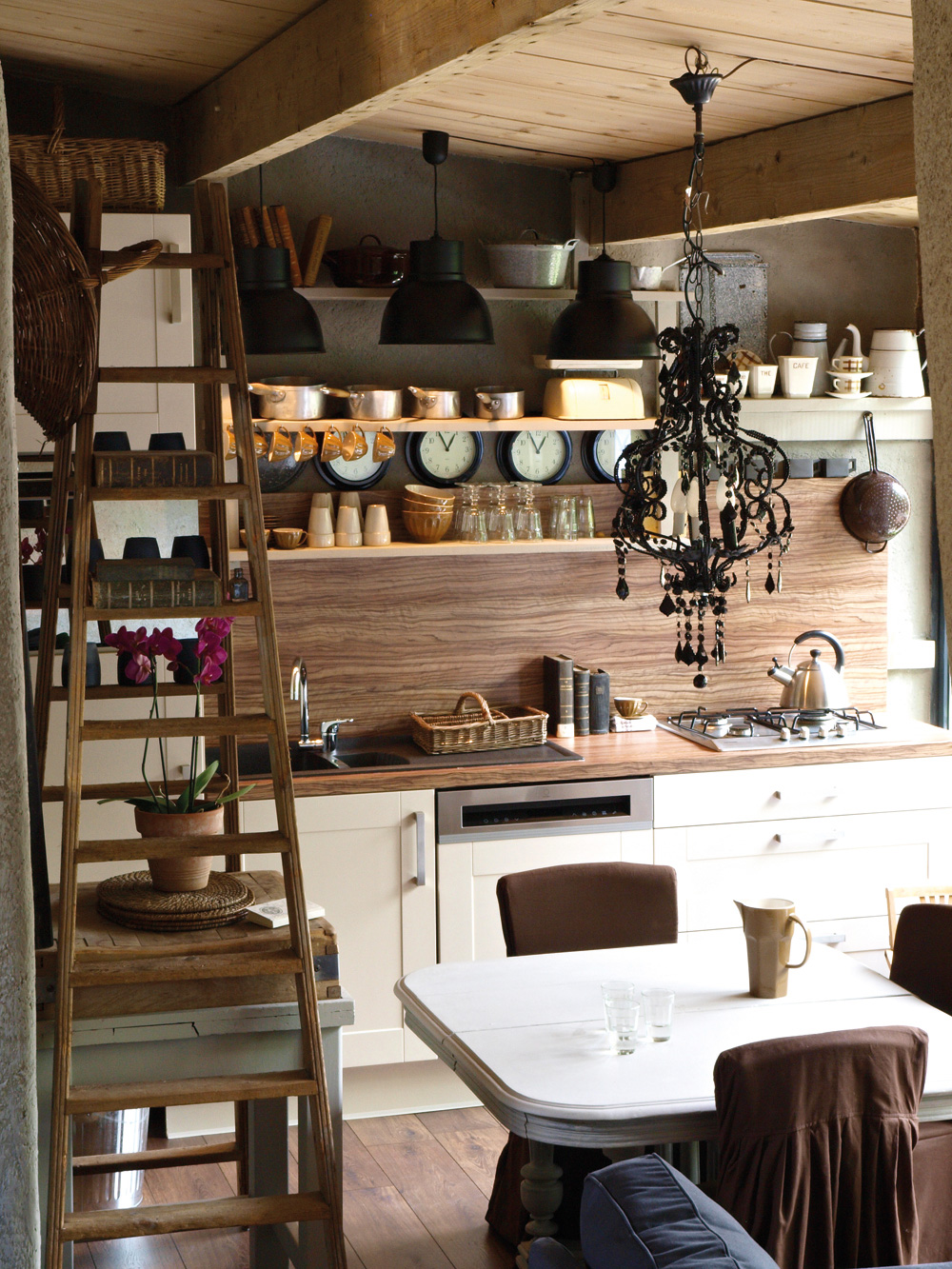 Modern Country Style Lobster And Swan Moggs Kitchen