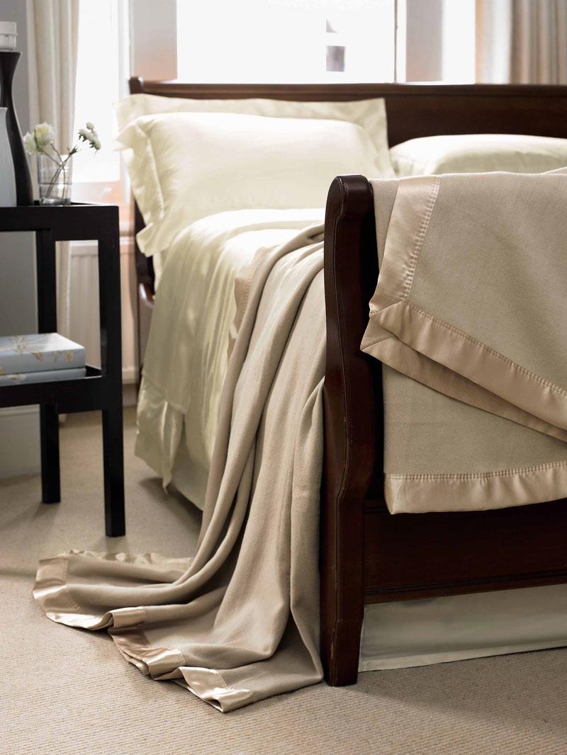 Gingerlily silk blankets