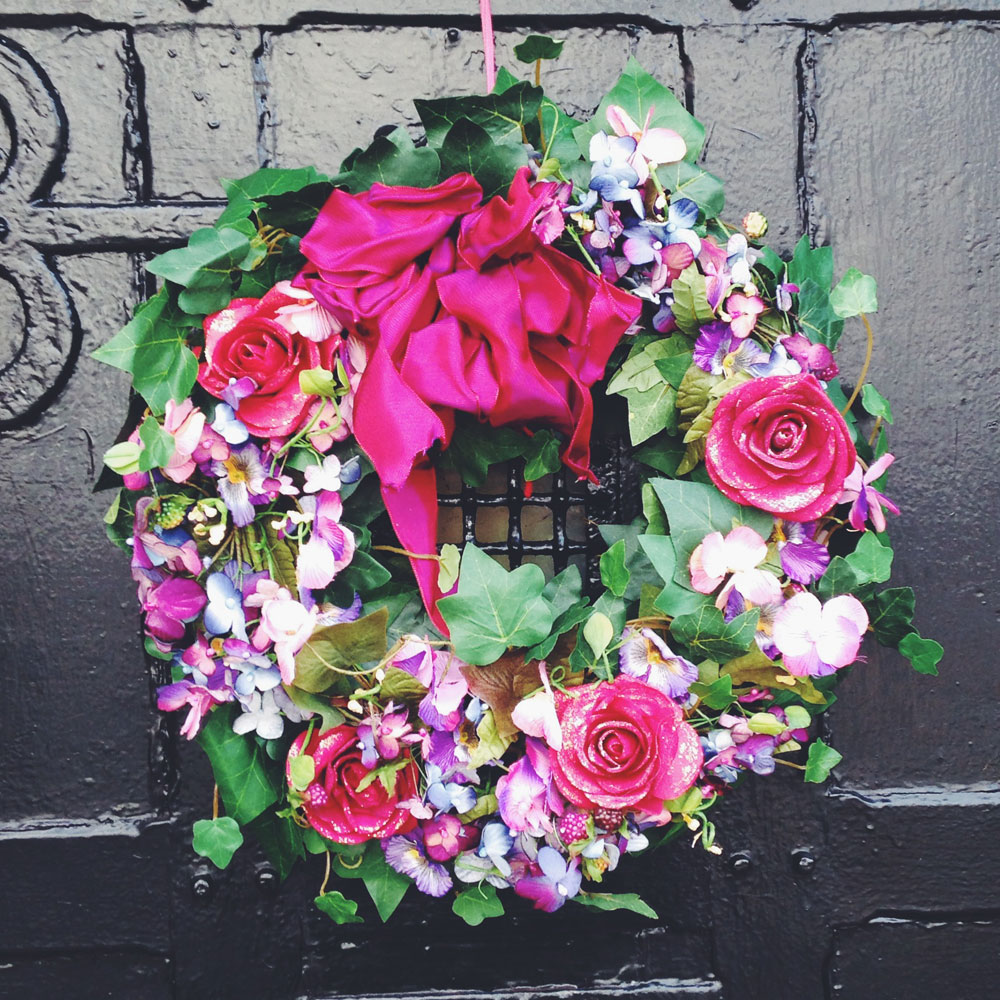 roses and glitter wreath