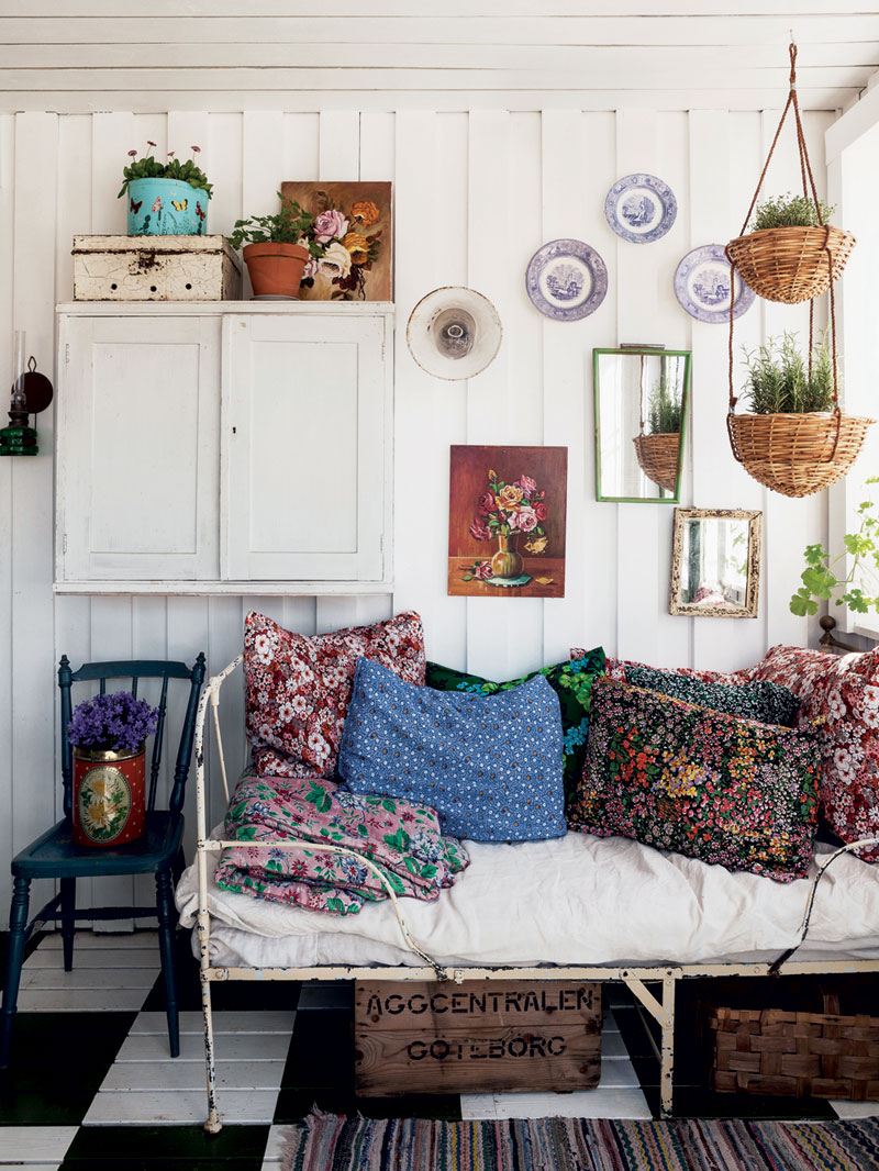 Shed decor sally coulthard lobster and swan for Bohemian style daybed