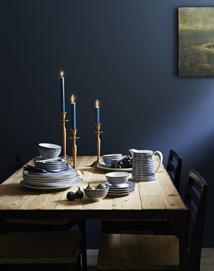 Dark blue interior inspiration lobster and swan for Interior inspiration