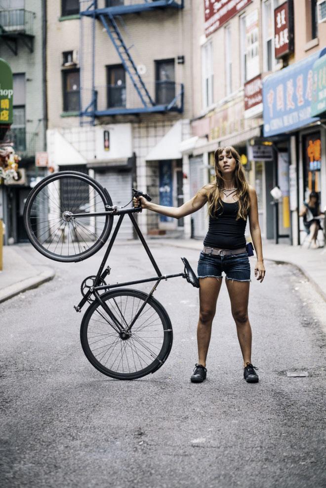 Fit girls on bikes