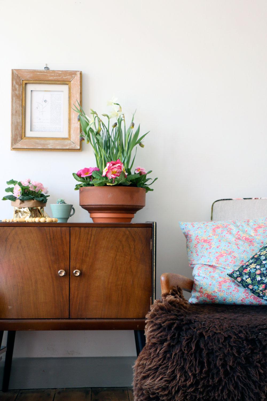 Garden room decor