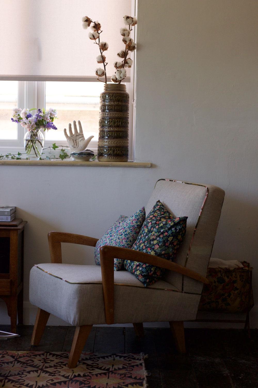 Living room roller blinds