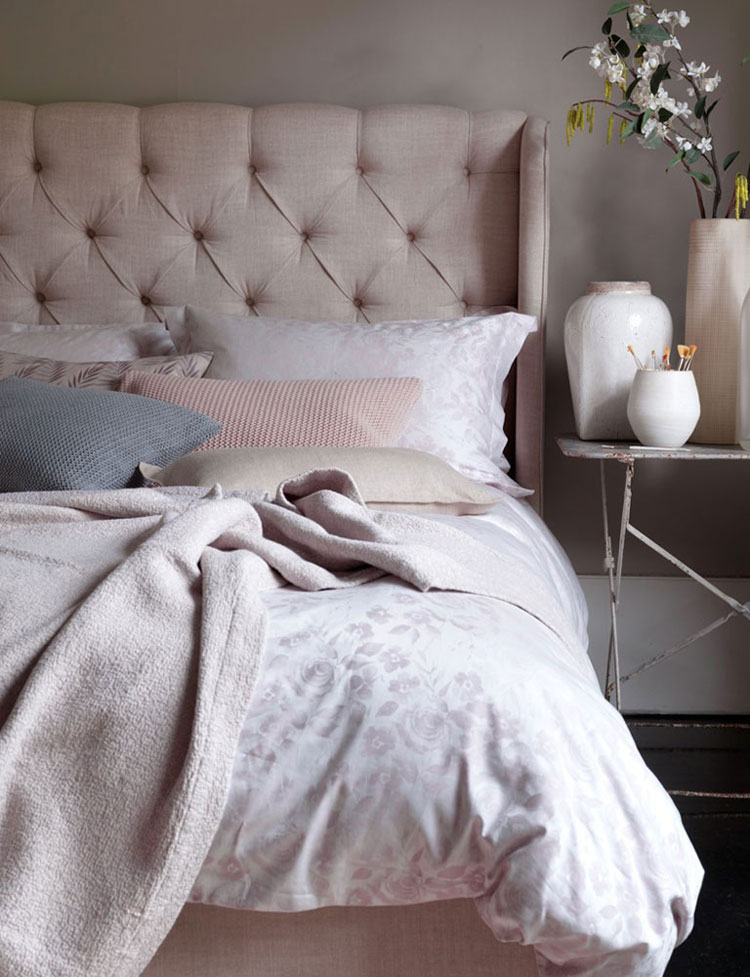 Very BEAUTIFUL BEDROOMS WITH SECRET LINEN STORE - Lobster and Swan DJ73