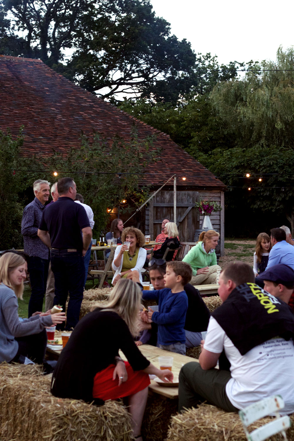 Brick-house farm pop up pub