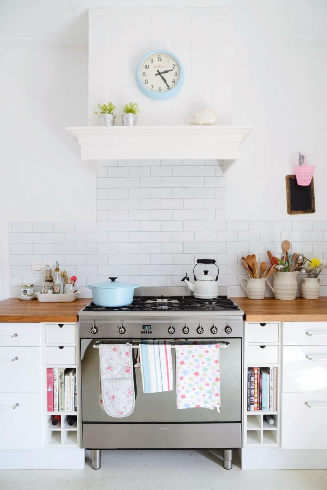 Yvestown kitchen style