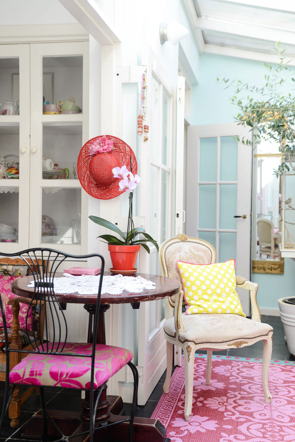 Pretty kitchen from Yvestown the book