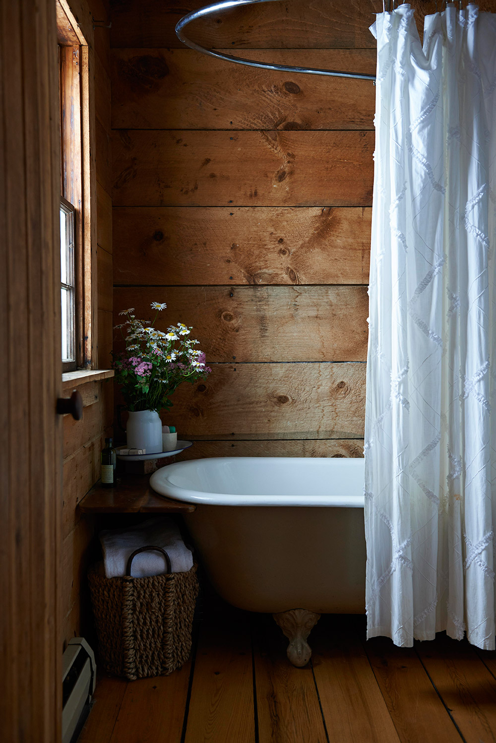 Modern Pastoral The Hill in Vermont Bathroom
