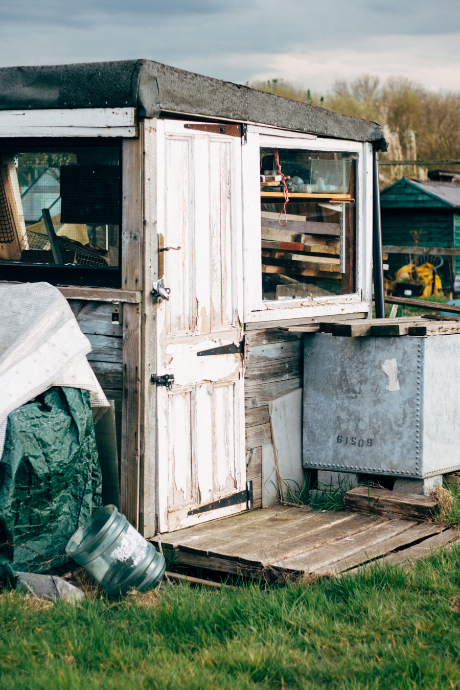 shabby shed style