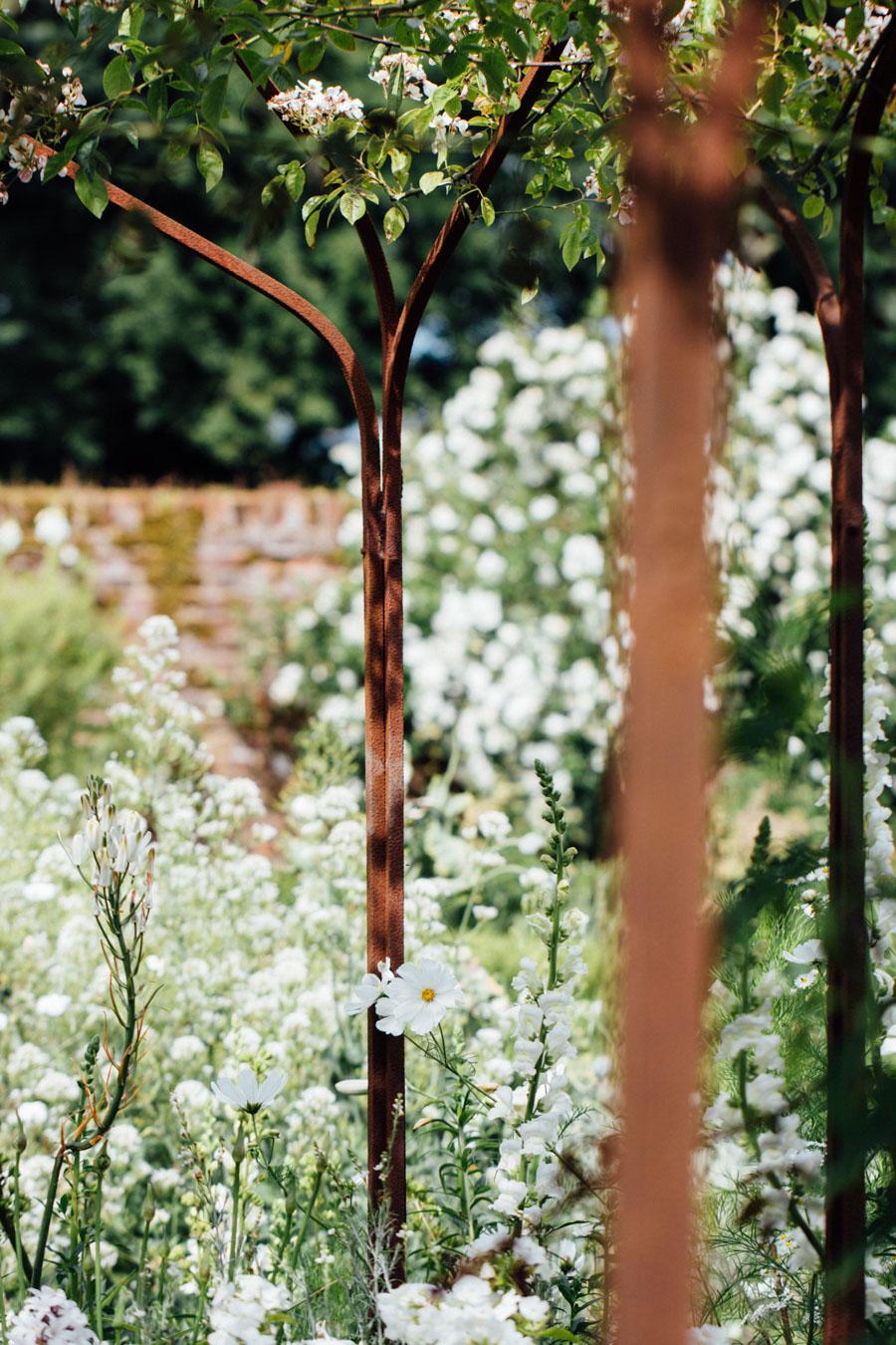 Sissinghurst White Garden - Kent
