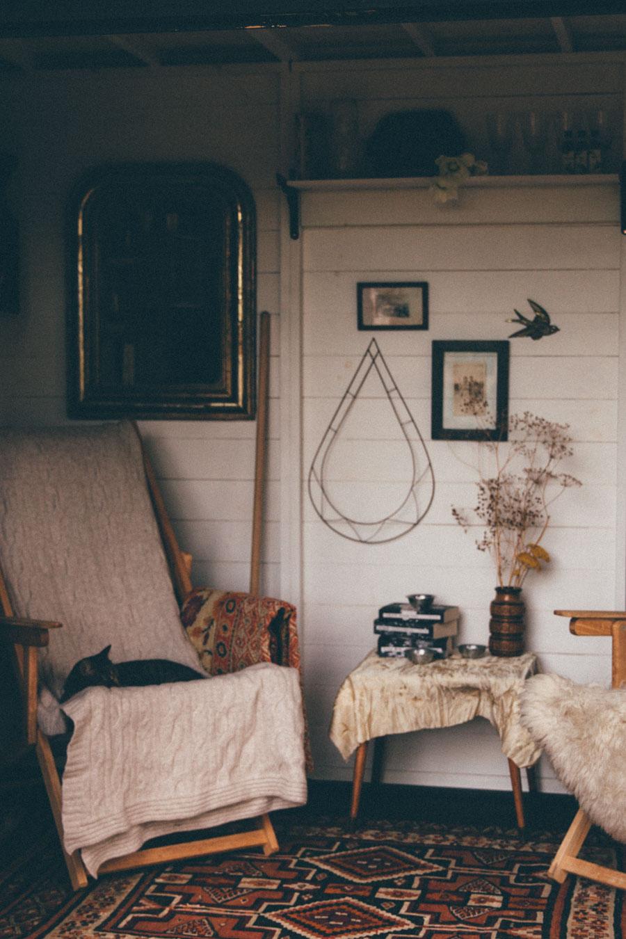 Autumn garden room