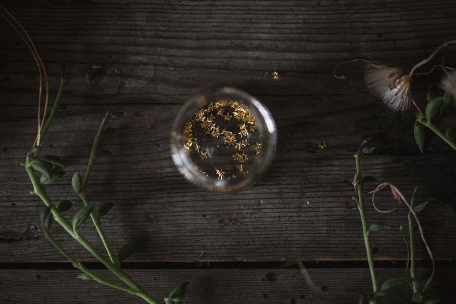Edible gold stars
