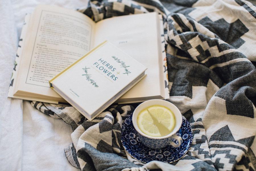 Botanical bedroom reads