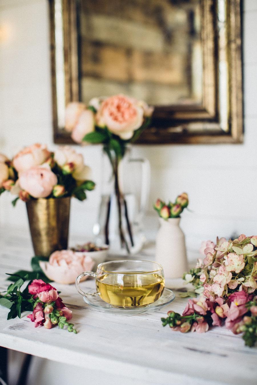 Whole Rosebud Herbal Tea by Jing