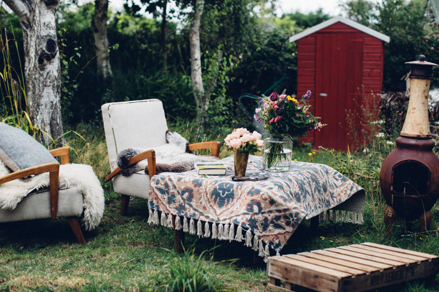 Summer garden styling