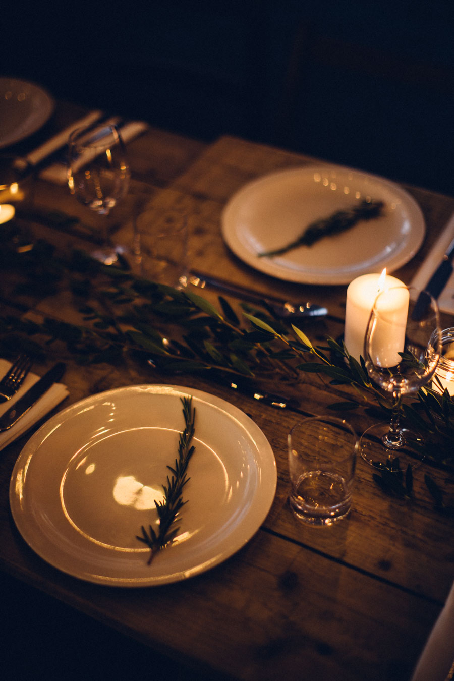 rustic dinner table setting