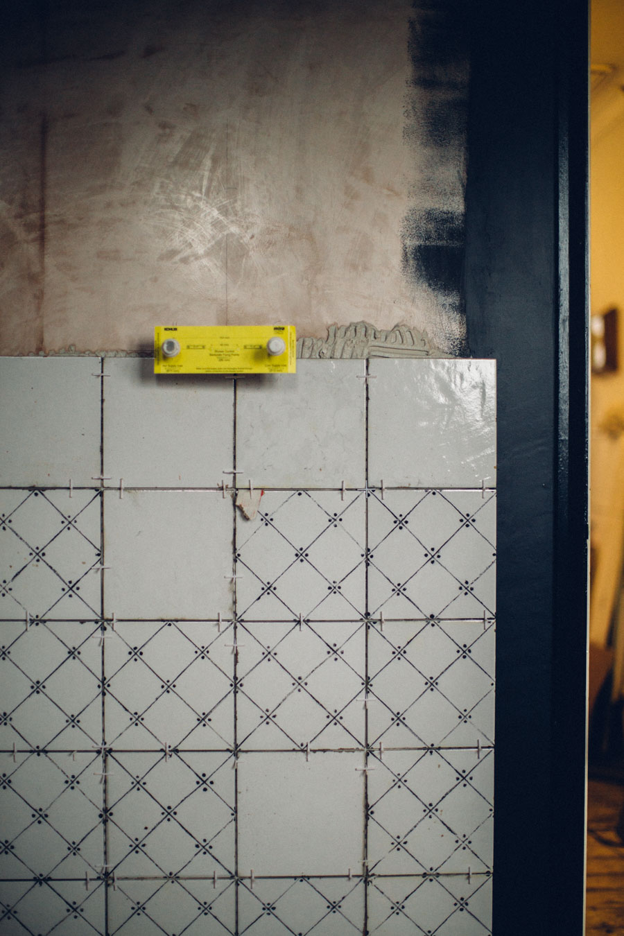 Mandarin Stone La Maison Noir Decor tiles