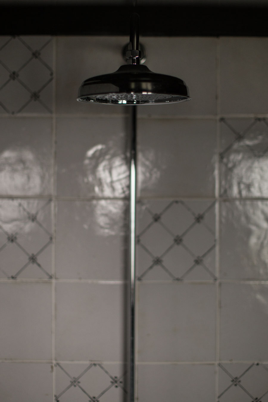 vintage style shower enclosure