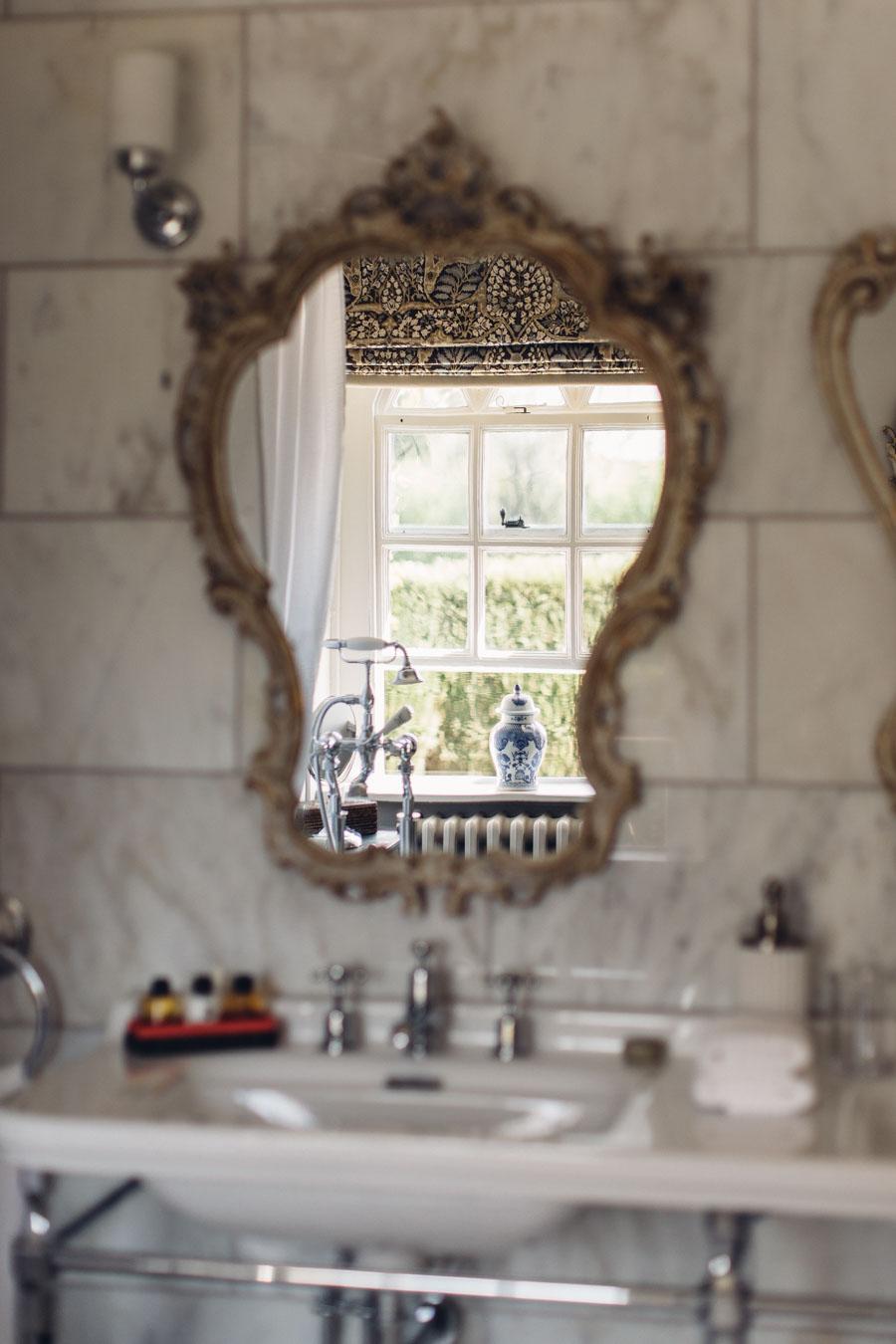 Classic bathroom decor at Battel Hall
