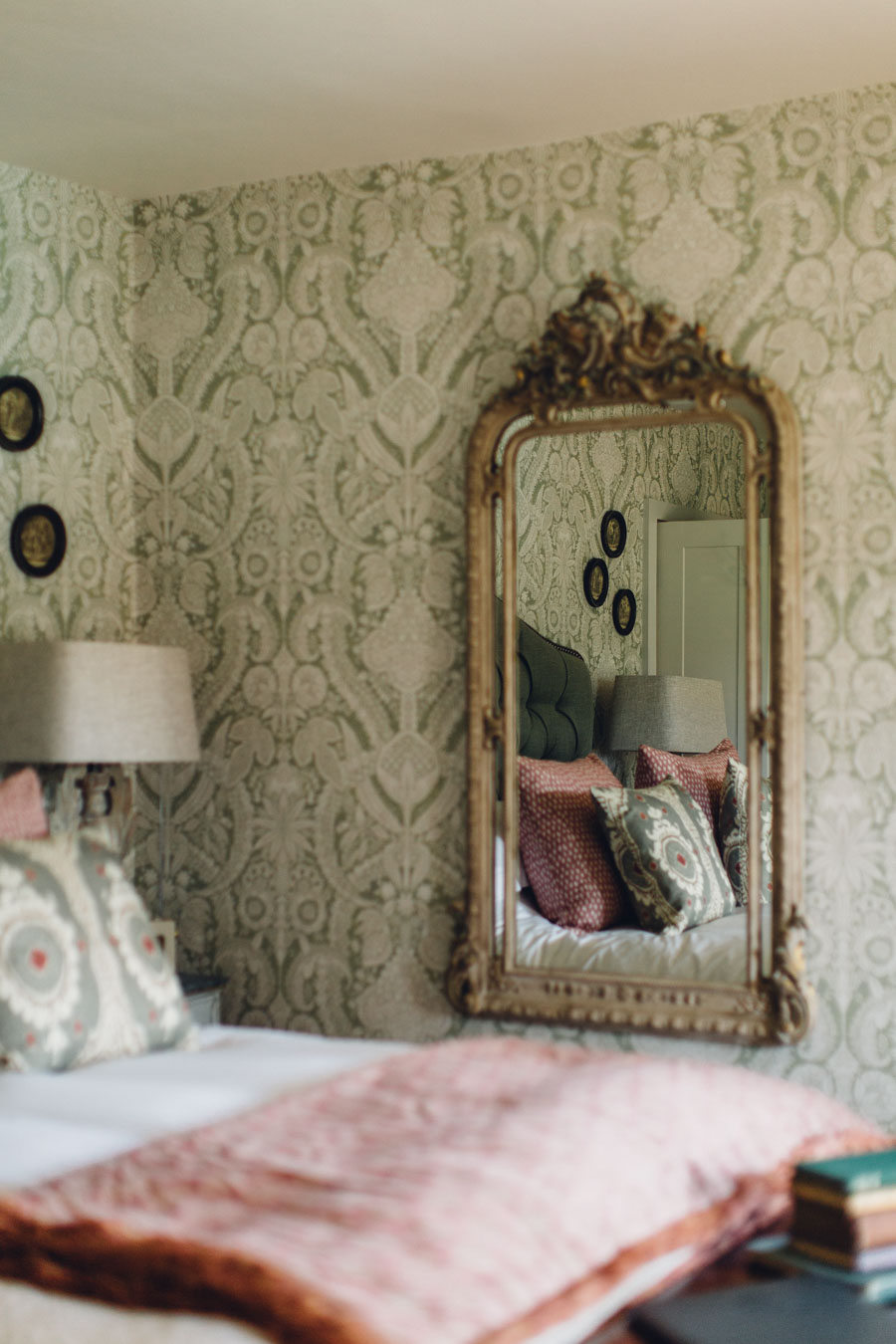 Romantic getaway Battel Hall