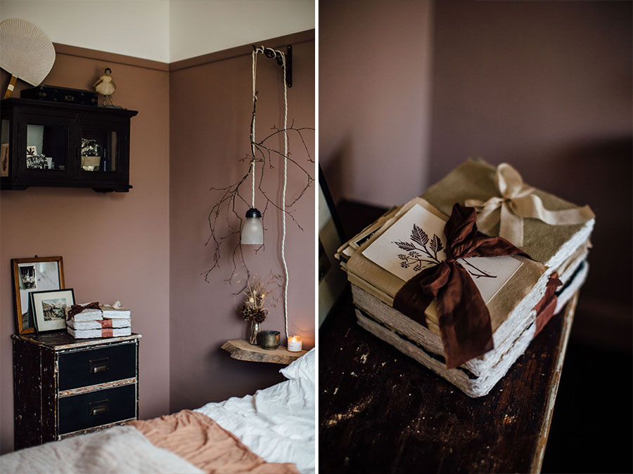Antique bedroom style